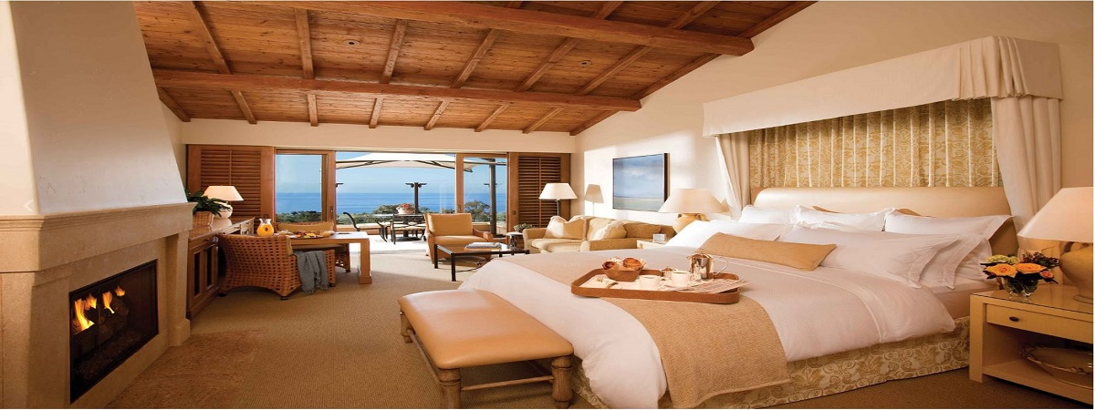 Stay at The Resort at Pelican Hill & receive the 4th night complimentary!