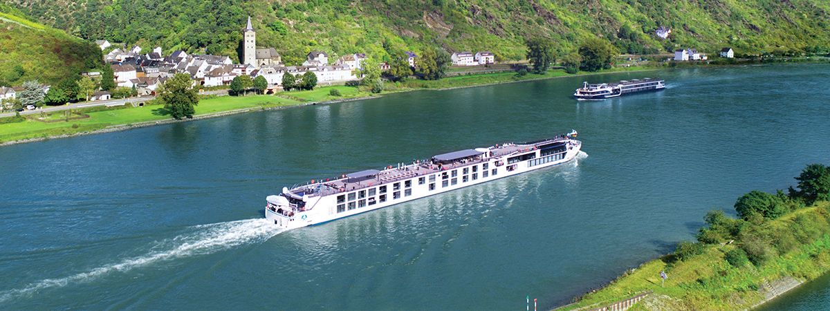ENJOY UNFORGETTABLE EXPERIENCES ABOARD AWARD-WINNING CRYSTAL RIVER CRUISES