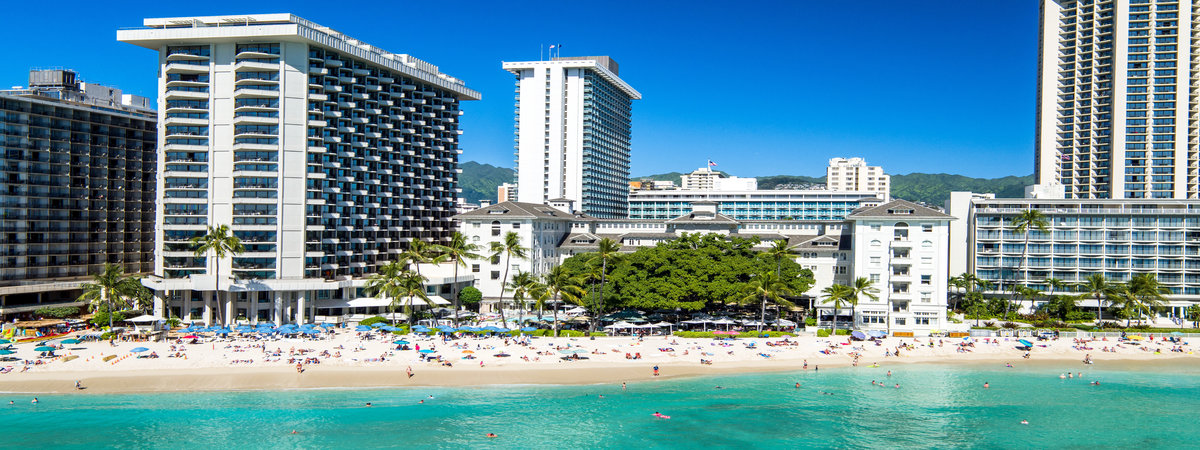 Stay at The Moana Surfrider, a Westin Resort & Spa for 4 nights & receive a 300 USD resort credit!