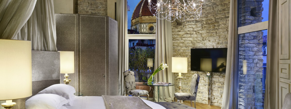 Suite offer at The Brunelleschi Hotel, the heart of Florence