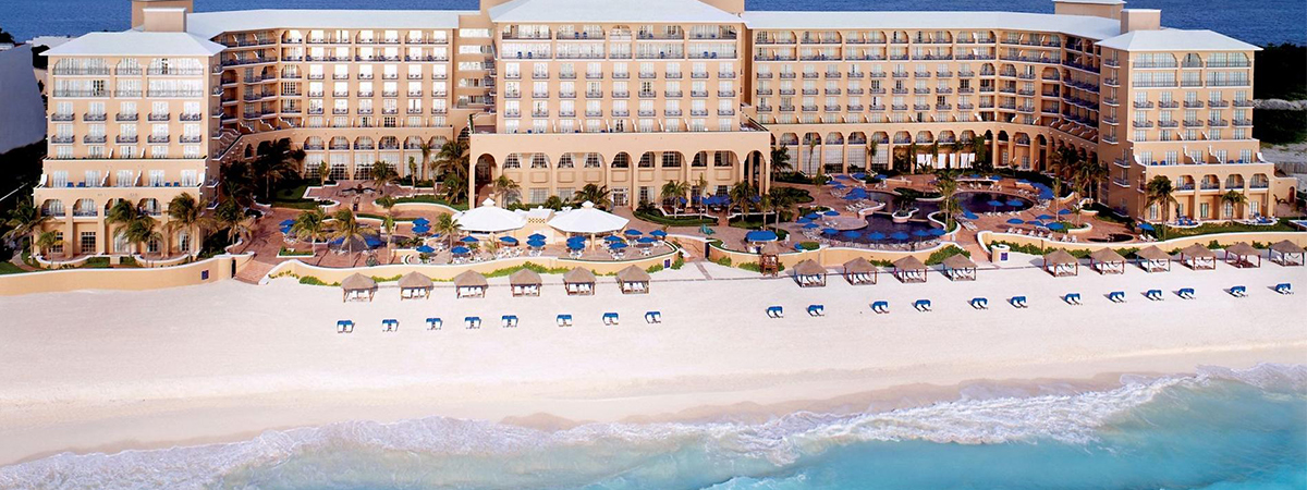 Book the Celebration Getaway package at The Ritz-Carlton Cancun